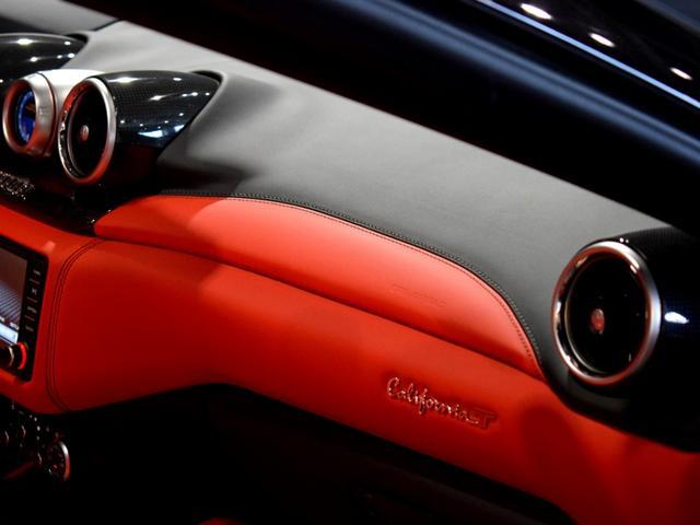 「フェラーリ」「フェラーリ カリフォルニアT」「オープンカー」「兵庫県」の中古車55