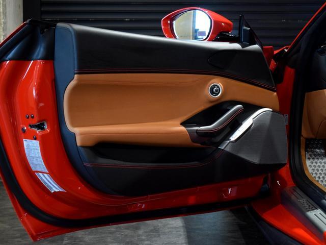「フェラーリ」「フェラーリ ポルトフィーノ」「オープンカー」「兵庫県」の中古車41
