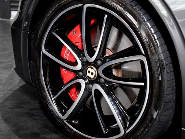 GT MY2020/1オーナ/MullinerDスペック/Naimオーディオ/ローテティングディスプレイ/ブラックライン/ツーリング・シティ・コンフォートシート・ムードライティング/Diamondローレット(9枚目)