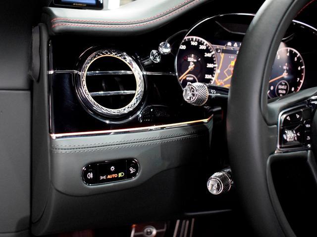 GT MY2020/1オーナ/MullinerDスペック/Naimオーディオ/ローテティングディスプレイ/ブラックライン/ツーリング・シティ・コンフォートシート・ムードライティング/Diamondローレット(11枚目)