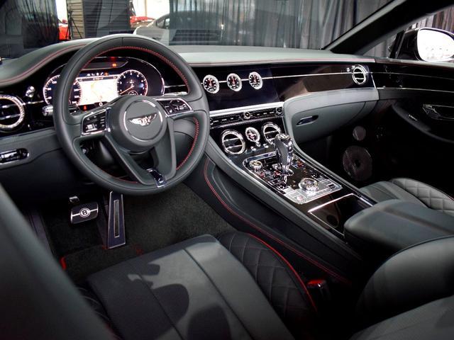 GT MY2020/1オーナ/MullinerDスペック/Naimオーディオ/ローテティングディスプレイ/ブラックライン/ツーリング・シティ・コンフォートシート・ムードライティング/Diamondローレット(53枚目)
