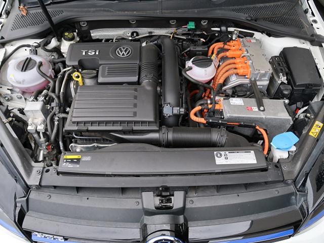 『BMW・ボルボ・アウディ・フォルクスワーゲン・メルセデスベンツ、LEXUSなど欧州車を中心にSUV・セダン・ワゴン・コンパクト・スポーツクーペ・人気車種、限定車、人気グレードを多数展示!』