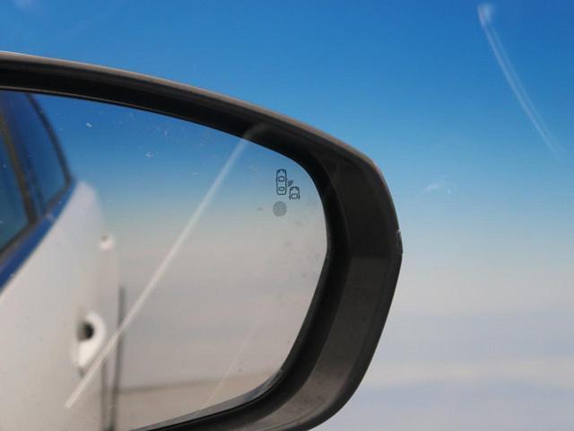 GT ブルーHDi パノラミックサンルーフ 衝突軽減ブレーキ アクティブクルーズコントロール フルLEDヘッドライト 純正ナビ フルセグTV バックカメラ ETC 電動リアゲート ハーフレザーシート 革巻きステアリング(10枚目)