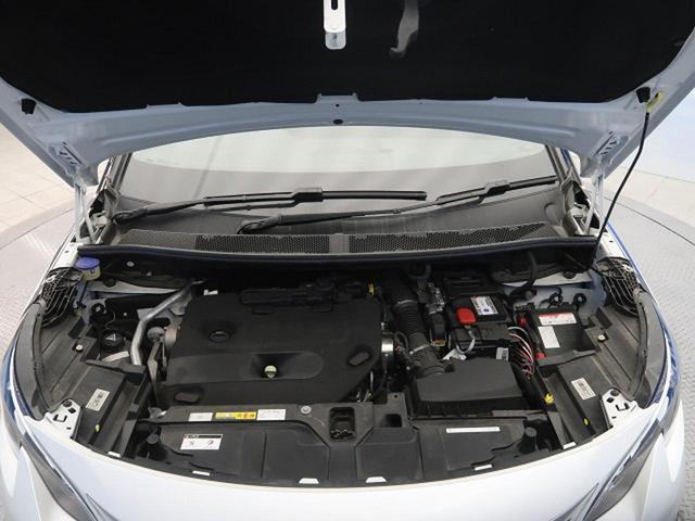 GT ブルーHDi パノラミックサンルーフ 衝突軽減ブレーキ アクティブクルーズコントロール フルLEDヘッドライト 純正ナビ フルセグTV バックカメラ ETC 電動リアゲート ハーフレザーシート 革巻きステアリング(18枚目)