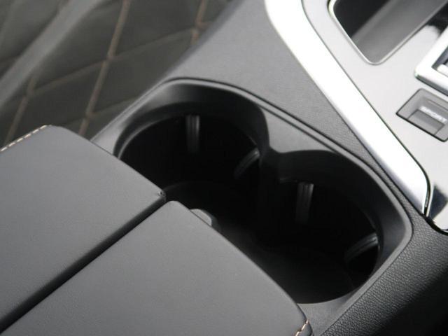 GT ブルーHDi パノラミックサンルーフ 衝突軽減ブレーキ アクティブクルーズコントロール フルLEDヘッドライト 純正ナビ フルセグTV バックカメラ ETC 電動リアゲート ハーフレザーシート 革巻きステアリング(54枚目)