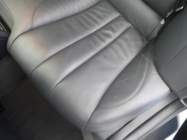 640iグランクーペ Mスポーツパッケージ パノラマルーフ LEDヘッドライト 黒革シート 衝突軽減ブレーキ レーンキーピングアシスト 純正ナビ フルセグTV バックカメラ ミラーETC スマートキー 純正19インチAw(35枚目)