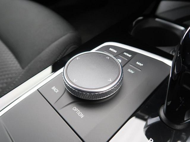118i プレイ コンフォートPKG iDriveナビゲーションPKG 電動リアゲート ドライビングアシスト コンフォートアクセス パワーシート(58枚目)