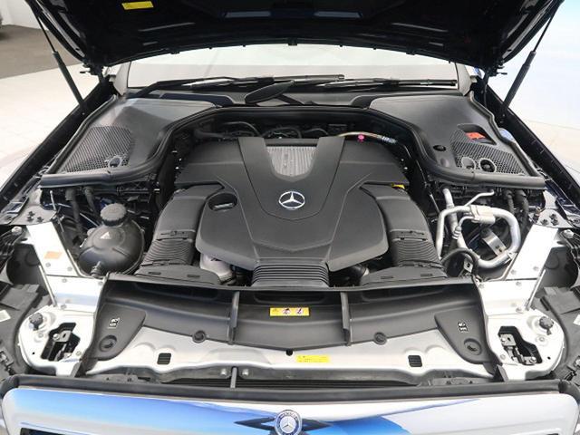 E400 4マチック エクスクルーシブ 右ハンドル レーダーセーフティPKG ナッパ黒革シート 純正ナビ フルセグTV 全周囲カメラ マルチビームLEDヘッドライト 全席ヒーター 電動トランク エアマチックサスペンション 純正18インチAW(17枚目)