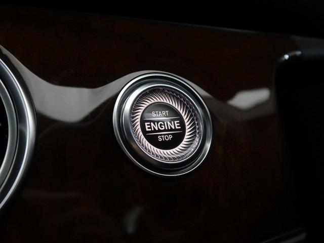 E400 4マチック エクスクルーシブ 右ハンドル レーダーセーフティPKG ナッパ黒革シート 純正ナビ フルセグTV 全周囲カメラ マルチビームLEDヘッドライト 全席ヒーター 電動トランク エアマチックサスペンション 純正18インチAW(60枚目)
