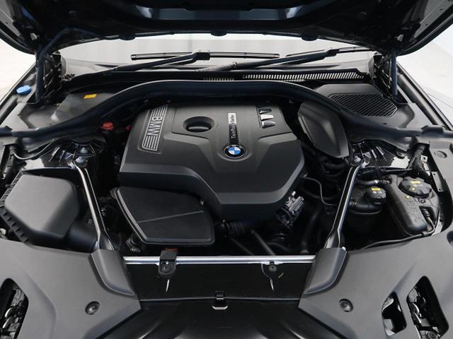 530iツーリング Mスポーツ イノベーションパッケージ コンフォートパッケージ セレクトパッケージ ドライビングアシストプラス パワーバックドア 純正HDDナビ 360度カメラ ハーマンカードン LEDヘッド(17枚目)