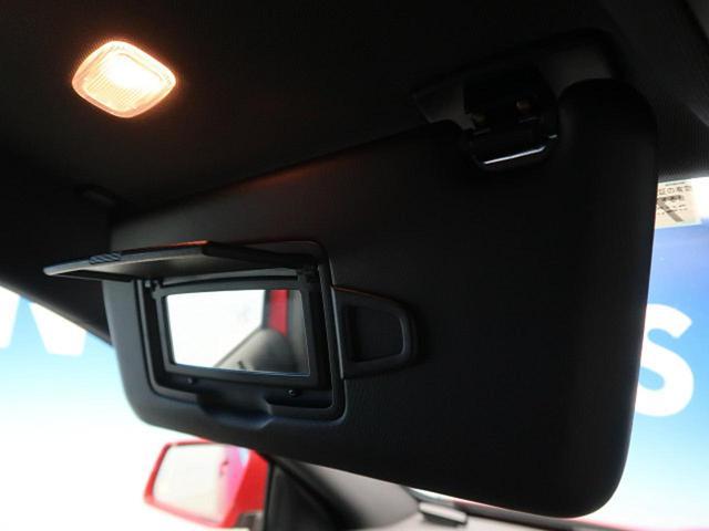 GLA180 オフロード レーダーセーフティPKG 純正HDDナビ フルセグTV バック&サイドカメラ HIDヘッドライト 純正18インチAW 電動リアゲート ハーフレザーシート 前席シートヒーター コンフォートサスペンション(56枚目)