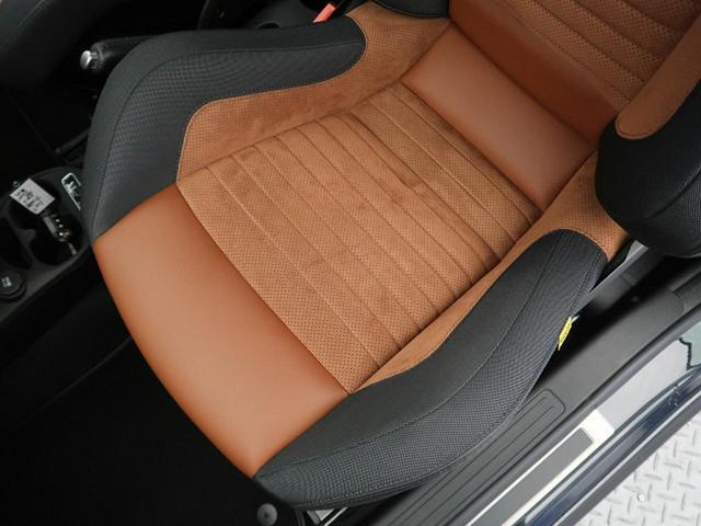 コンペティツィオーネ 自社買取車両 最出力180Ps Sabelt製スポーツシート Brembo製レッドキャリパー デュアルツインマフラー(23枚目)