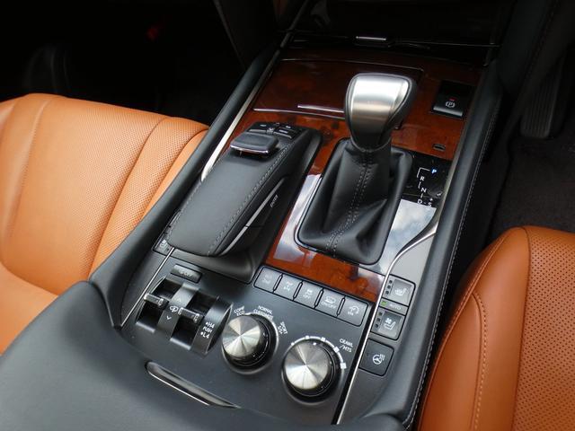 「レクサス」「LX」「SUV・クロカン」「大阪府」の中古車43