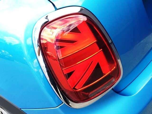 ヴィクトリア 特別仕様車後期Lciモデル純正ナビLEDライト禁煙車(41枚目)