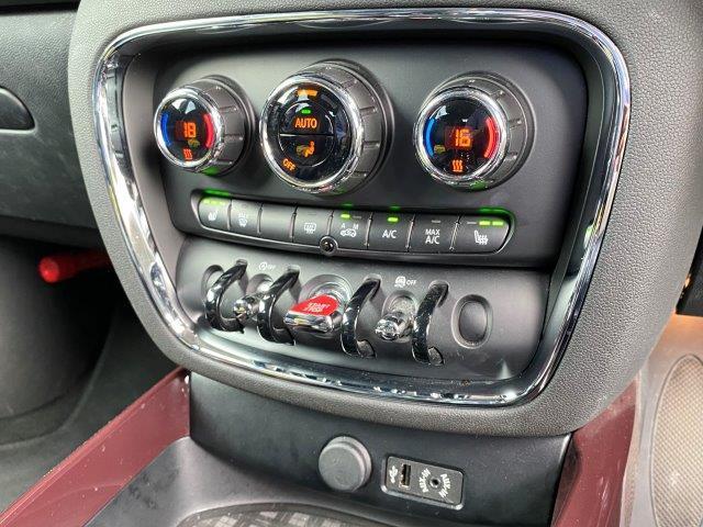 クーパー クラブマン インディゴ革 バックカメラ PDC ペッパーパッケージ シートヒーター スポーツシート LEDヘッドライト 純正HDDナビ アイドリングストップ ブラックルーフ ETC ブラックルーフ F54(14枚目)