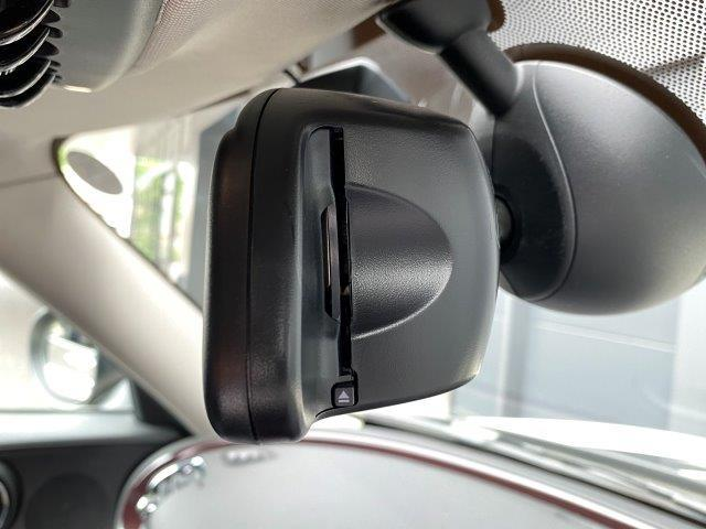 クーパー クラブマン インディゴ革 バックカメラ PDC ペッパーパッケージ シートヒーター スポーツシート LEDヘッドライト 純正HDDナビ アイドリングストップ ブラックルーフ ETC ブラックルーフ F54(46枚目)