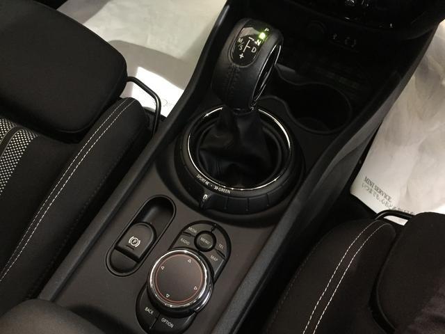 クーパーS クラブマン HDDナビゲーション LEDヘッドライト クルーズコントロール バックカメラ ワンオーナー(11枚目)