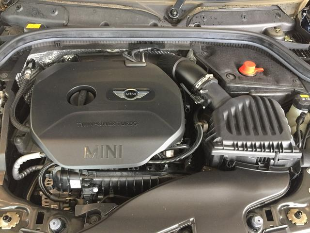 クーパー クロスシート ミントパッケージ スポーツレザーステアリング LEDヘッドライト ワンオーナー 純正17インチアルミホイール(59枚目)