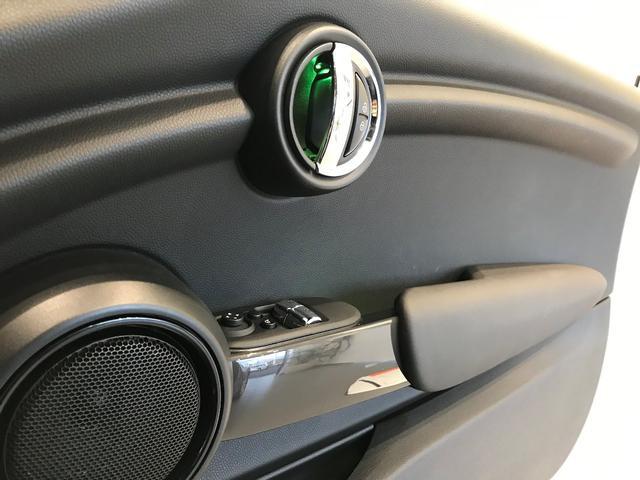 クーパー ミントパッケージ ナビパッケージ スポーツレザーステアリング 認定保証 LEDフォグランプ LEDヘッドライト HDDナビゲーション ホワイトルーフ アイドリングストップ ワンオーナー(56枚目)