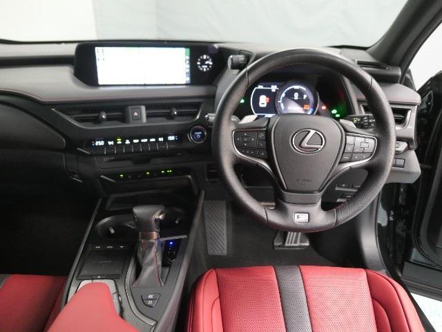 「レクサス」「UX」「SUV・クロカン」「大阪府」の中古車7