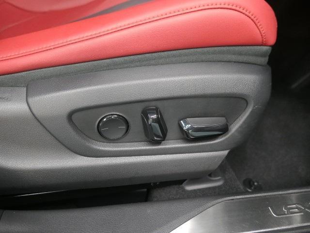 「レクサス」「UX」「SUV・クロカン」「大阪府」の中古車9