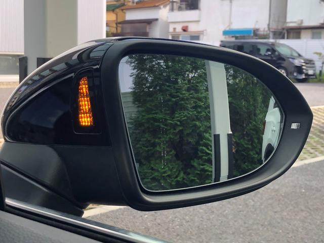 ドアミラー、バックミラーに映ってない死角にヒヤッツ!と、した事はないですか?ミラーが点灯してるのを気づかず車線変更しようとすれば、点滅やハンドルに抵抗が発生しドライバーをサポートしてくれます。