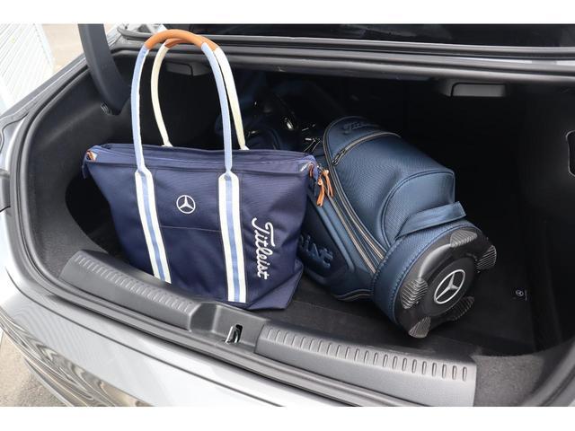写真はイメージの為、ゴルフバック及びトートバックは車両に付帯されません。