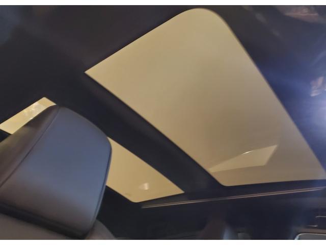 Z レザーパッケージ パノラマルーフ・デジタルインナーミラー・純正ナビ・バックカメラ・JBL・ブラック/ブラウンレザーシート・オートテールゲート・シートヒーター・シートベンチレーション・キセノンヘッドライト(13枚目)