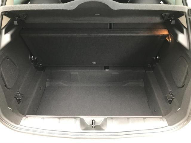 クーパーS 正規ディーラー車 純正LEDヘッドライト 純正LEDフォグライト 純正HDDナビパッケージ 純正ブラックホイール ブラックルーフ ミラーETC LEDパッケージ プッシュスタート(12枚目)