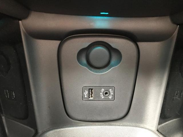 クーパーS 正規ディーラー車 純正LEDヘッドライト 純正LEDフォグライト 純正HDDナビパッケージ 純正ブラックホイール ブラックルーフ ミラーETC LEDパッケージ プッシュスタート(24枚目)