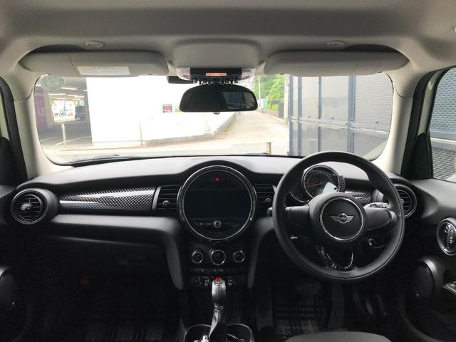 クーパーS 正規ディーラー車 純正LEDヘッドライト 純正LEDフォグライト 純正HDDナビパッケージ 純正ブラックホイール ブラックルーフ ミラーETC LEDパッケージ プッシュスタート(34枚目)
