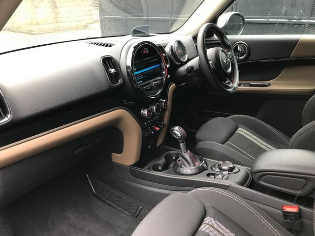 クーパーD クロスオーバー オール4 純正ナビPKG カメラPKG 電動トランク LEDヘッドライト ヘッドアップディスプレイ シートヒーター マルチファクションステアリング レーダークルーズコントロール ミラーETC ライトパッケージ(16枚目)