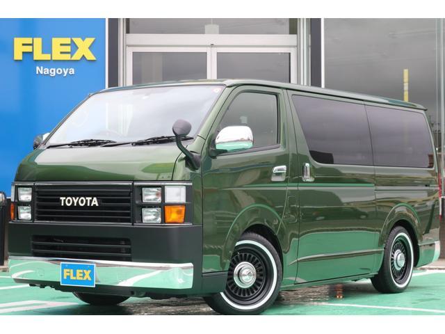 トヨタ 4型スーパーGLRenocaCRAFTPLUS内装一式付き