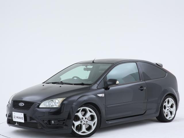 ヨーロッパフォード ST ユーザー様買取車両 / RECAROフルバケットシート / マフラー / 6速MT車 / Difi製メーター / 禁煙車