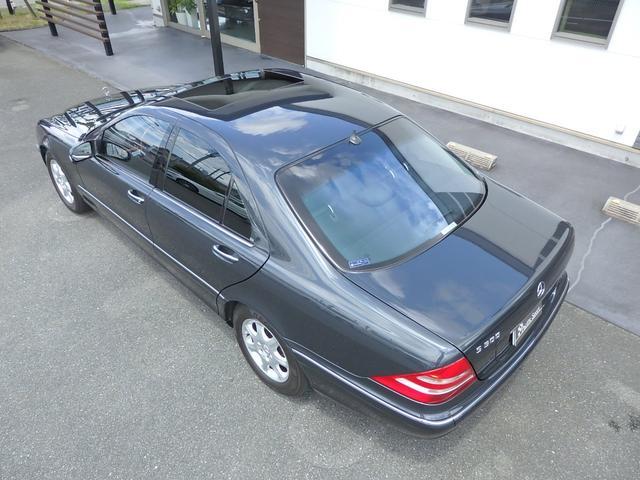S500 左ハンドル ディーラー車(4枚目)