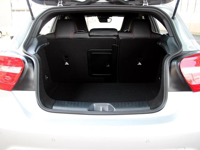 A180 スポーツ 1オーナー 純正コマンドナビゲーション/地デジ・DVD視聴・Bluetooth/ バックカメラ クルーズコントロール キセノンヘッドライト ETC2.0 キーレスエントリー パークトロニック(65枚目)