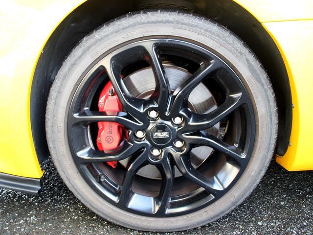 ルノースポール トロフィー ディーラー車 1オーナー 右H 6速MT アイドリングストップ ブレンボ製レッドキャリパー 純正レカロシート 純正18インチアルミ キセノンヘッドライト クルーズコントロール ETC キーレス(24枚目)