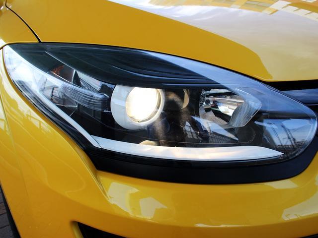 ルノースポール トロフィー ディーラー車 1オーナー 右H 6速MT アイドリングストップ ブレンボ製レッドキャリパー 純正レカロシート 純正18インチアルミ キセノンヘッドライト クルーズコントロール ETC キーレス(28枚目)