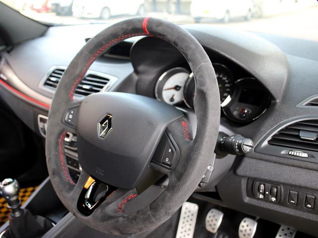 ルノースポール トロフィー ディーラー車 1オーナー 右H 6速MT アイドリングストップ ブレンボ製レッドキャリパー 純正レカロシート 純正18インチアルミ キセノンヘッドライト クルーズコントロール ETC キーレス(76枚目)