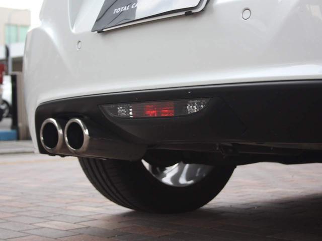 ベースグレード ブラックレザーシート シートヒーター メモリー付パワーシート KENWOOD製地デジ内蔵ナビゲーション バイキセノンヘッドライト オートクルーズコントロール 18インチアルミホイール ETC(20枚目)