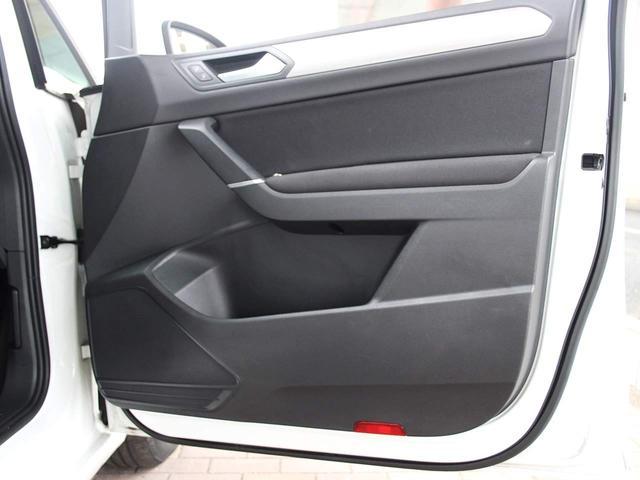 TSI コンフォートライン 1オーナー 禁煙車 純正ナビゲーションシステム・地デジ内蔵 バックカメラ オートクルーズコントロール アイドリングストップ LEDヘッドライト ルーフレール オートライト ETC2.0(47枚目)