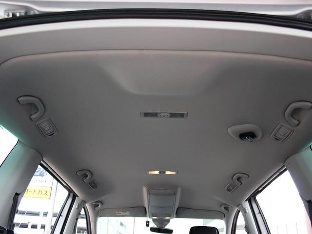 TSI コンフォートライン リア左右電動スライドドア アダプティブクルーズコントロール ドライブレコーダー 純正ナビゲーションシステム・地デジ バックカメラ キセノンヘッドライト アイドリングストップ ETC(10枚目)