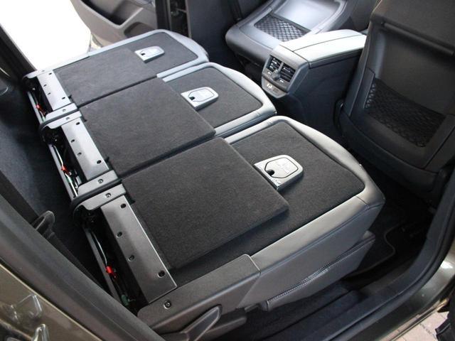 GT ブルーHDi 禁煙車 純正タッチパネルスクリーン スマキー 電動リアゲート LEDヘッドライト アクティブセーフティブレーキ アクティブクルーズコントロール レーンキープアシスト ブラインドスポットモニターシステム(68枚目)