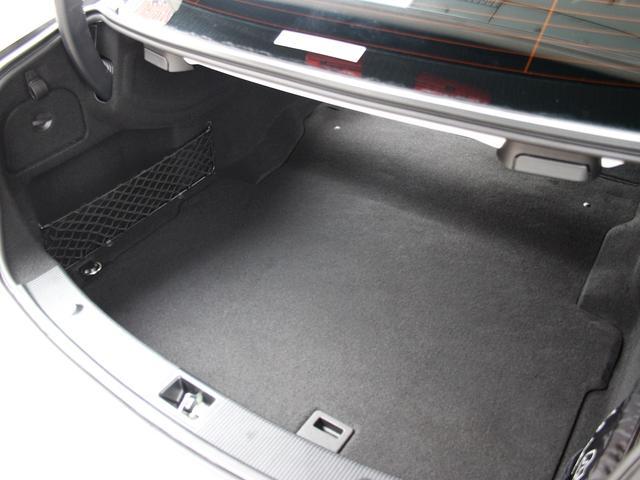 E250 クーペリミテッド 1オーナー AMGスポーツPkg レーダーセーフティPkg 専用18AW レッドレザー 電動シート&ヒーター 360度カメラ アイドルストップ キーレスゴー 純正ナビゲーションシステム ETC2.0(12枚目)