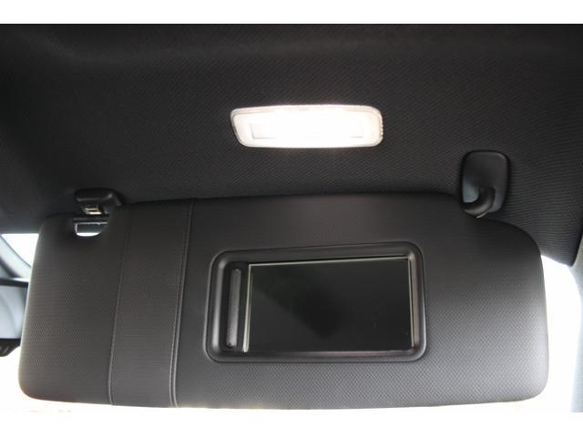 1.8TFSI S-ラインパッケージ(フロントスポーツシート 専用バンパー 18インチアルミホイール ドアシルプレート リヤディフューザー ディンプルタイプ本革巻きセレクターノブ) キセノンヘッドライト ETC(11枚目)
