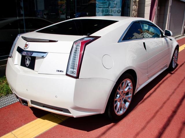 この独特なデザインがこのお車の魅力です