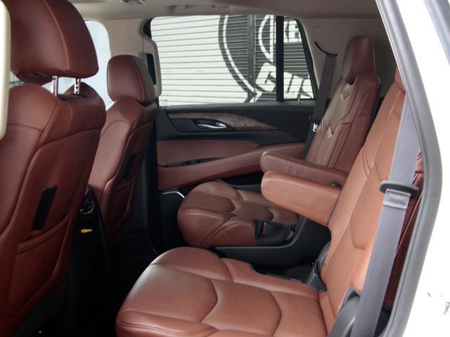 「キャデラック」「キャデラックエスカレード」「SUV・クロカン」「福岡県」の中古車43