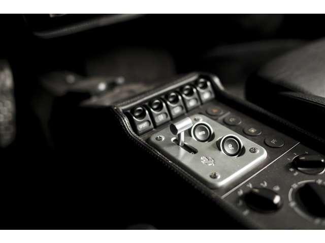 「フェラーリ」「F355」「クーペ」「福岡県」の中古車17