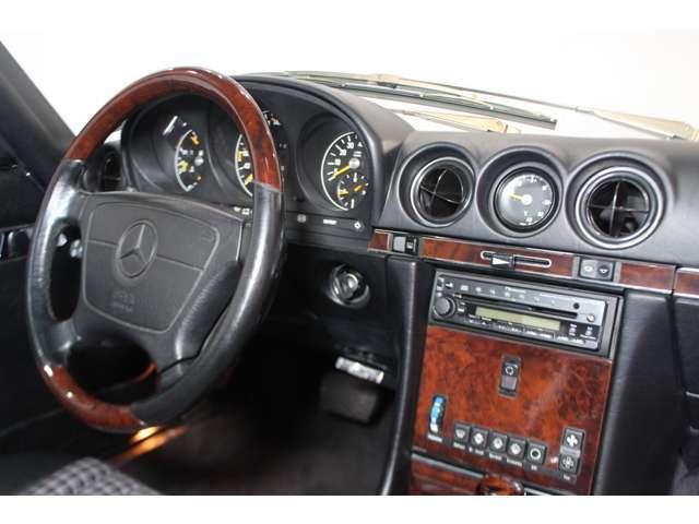 「メルセデスベンツ」「SLクラス」「オープンカー」「福岡県」の中古車11
