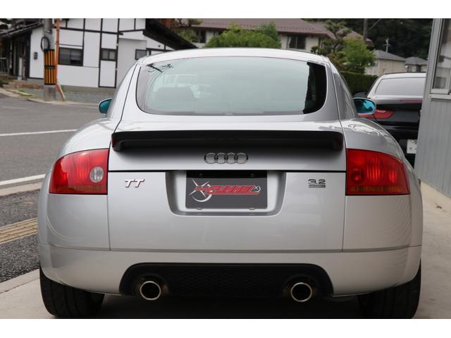 3.2クワトロ Sライン 4WD V6 3200cc 250ps 天張張替済 キセノンライト ヘッドライトリペア 黒革シート シートヒーター 純正18インチアルミ スペアキー 取扱説明書 記録簿12枚 走行テスト済車輛(9枚目)